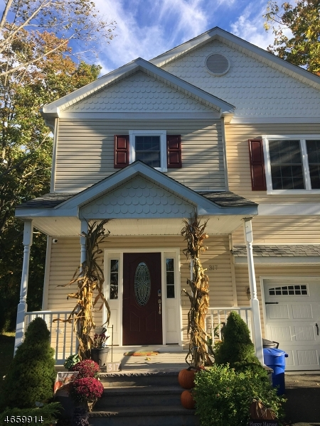 Single Family Home for Sale at 317 Center Street Landing, 07850 United States