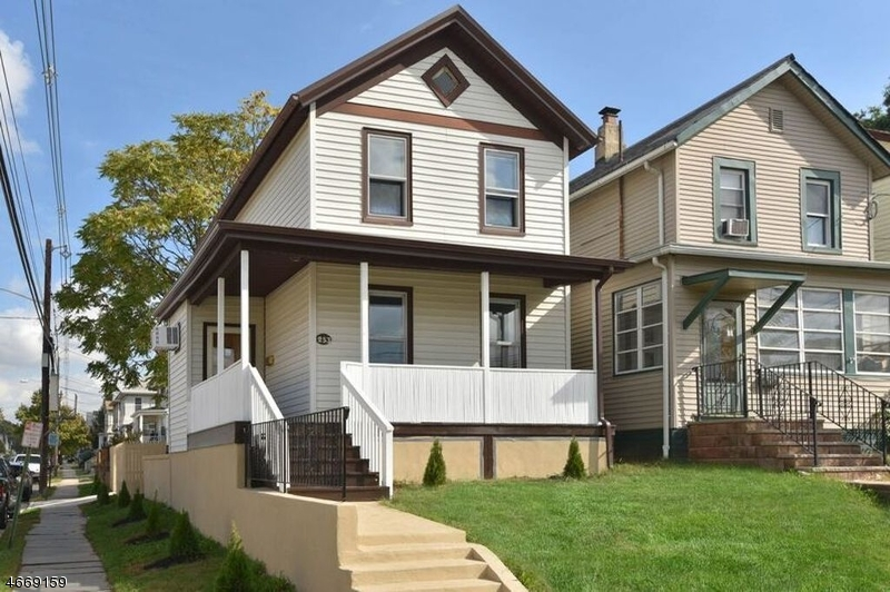 Single Family Home for Sale at 253 Laurel Avenue Kearny, 07032 United States