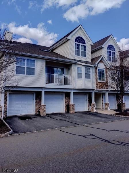 独户住宅 为 销售 在 58 Pondside Drive Ledgewood, 07852 美国