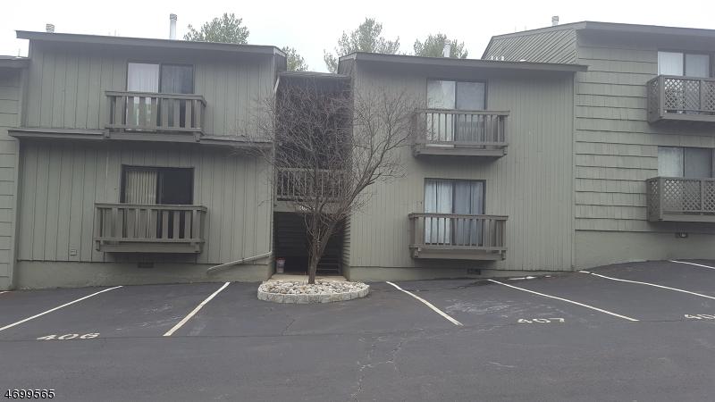 Частный односемейный дом для того Продажа на 411 SPRUCE HILLS Drive Glen Gardner, 08826 Соединенные Штаты