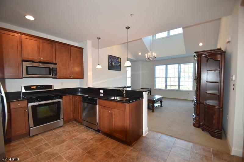 Casa Unifamiliar por un Alquiler en 6416 Brookhaven Court Riverdale, Nueva Jersey 07457 Estados Unidos