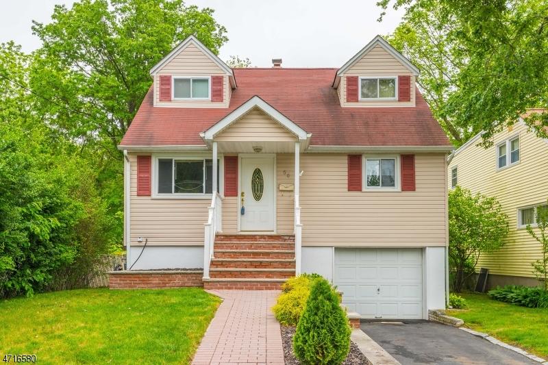 Частный односемейный дом для того Продажа на 50 Carlson Place Lake Hiawatha, Нью-Джерси 07034 Соединенные Штаты