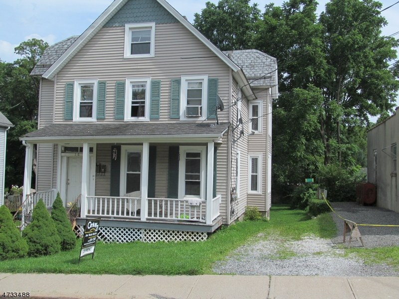 Single Family Home for Rent at 16 Union Place Newton, New Jersey 07860 United States