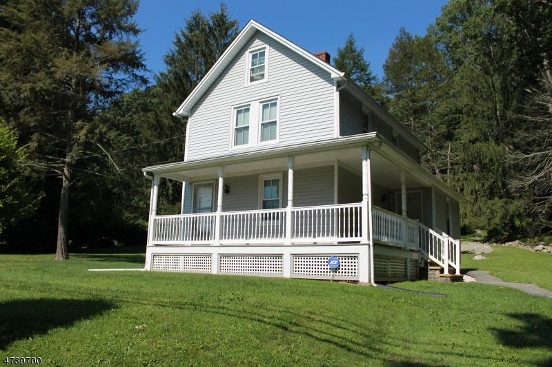Casa Unifamiliar por un Alquiler en 402 Rockaway Valley Road Boonton, Nueva Jersey 07005 Estados Unidos