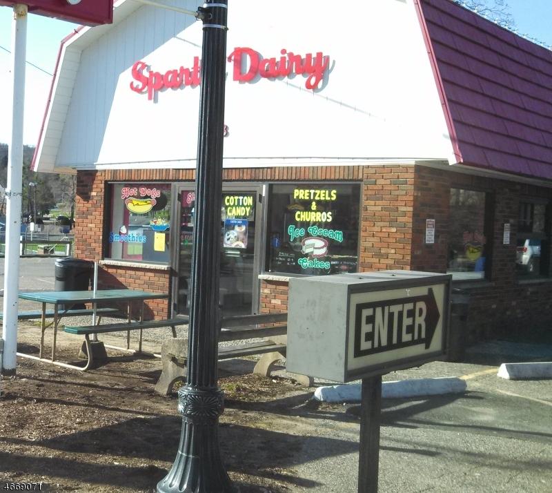 Comercial por un Venta en 28 Sparta Avenue Sparta, Nueva Jersey 07871 Estados Unidos