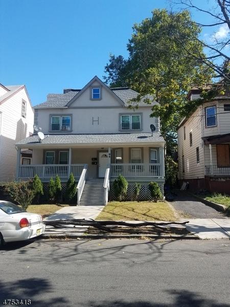 Maison avec plusieurs logements pour l Vente à 94 N 17th Street 94 N 17th Street East Orange, New Jersey 07017 États-Unis