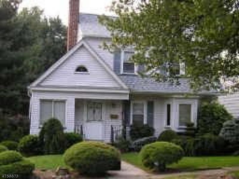 Casa Unifamiliar por un Alquiler en 23 Woodhull Avenue West Orange, Nueva Jersey 07052 Estados Unidos