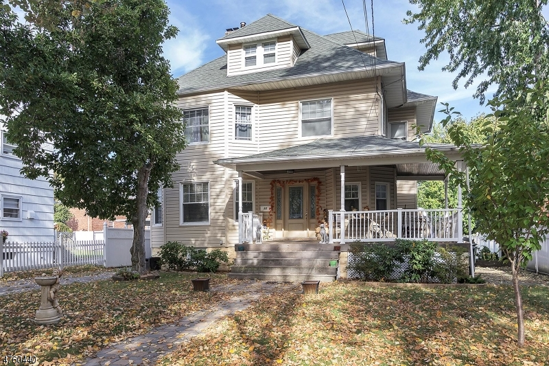 Μονοκατοικία για την Πώληση στο 32 Washington Avenue 32 Washington Avenue Rutherford, Νιου Τζερσεϋ 07070 Ηνωμενεσ Πολιτειεσ
