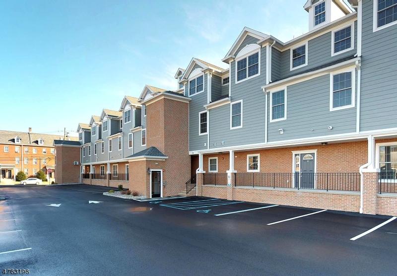 独户住宅 为 出租 在 8 Elizabeth Street Raritan, 新泽西州 08869 美国