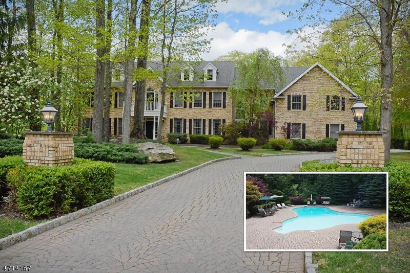 Casa Unifamiliar por un Venta en 34 Douglas Drive Sparta, Nueva Jersey 07871 Estados Unidos