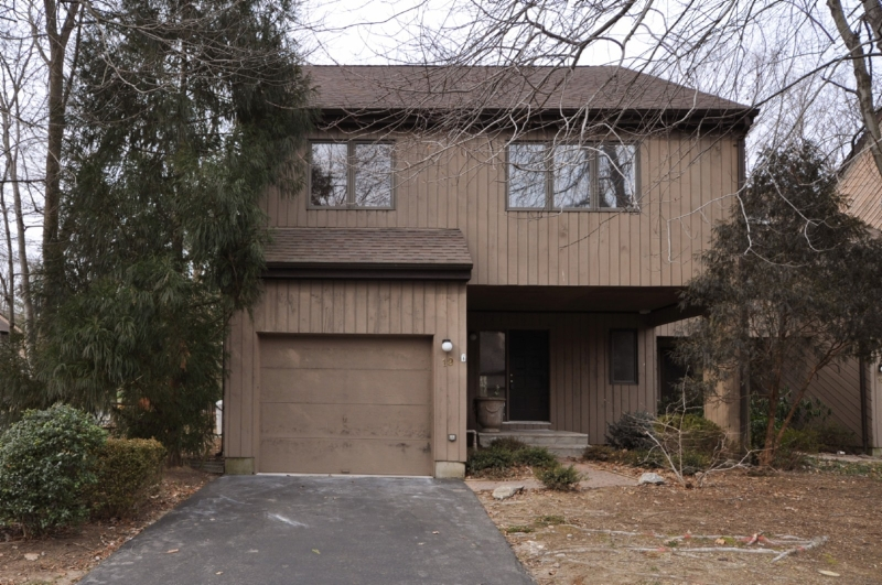 Частный односемейный дом для того Аренда на 19 Robertson Court Morristown, Нью-Джерси 07960 Соединенные Штаты