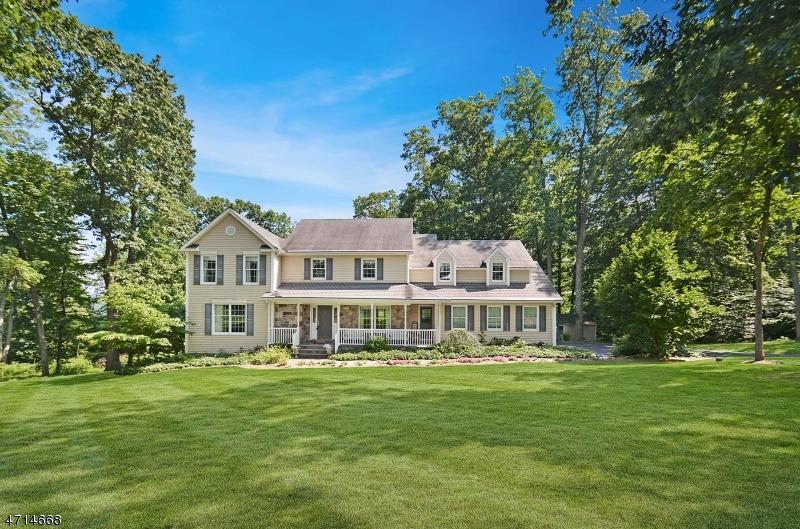 Частный односемейный дом для того Продажа на 17 Sanford Road Delaware Township, Нью-Джерси 08559 Соединенные Штаты