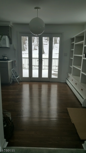 Casa Unifamiliar por un Alquiler en 12 Rea Avenue Ext Hawthorne, Nueva Jersey 07506 Estados Unidos