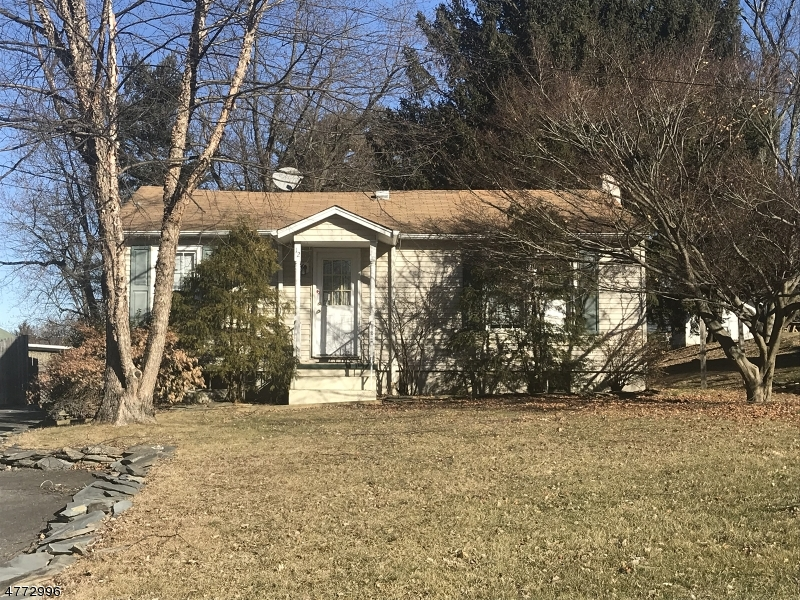 Single Family Home for Sale at 12 Parkhill Road Washington, New Jersey 07882 United States
