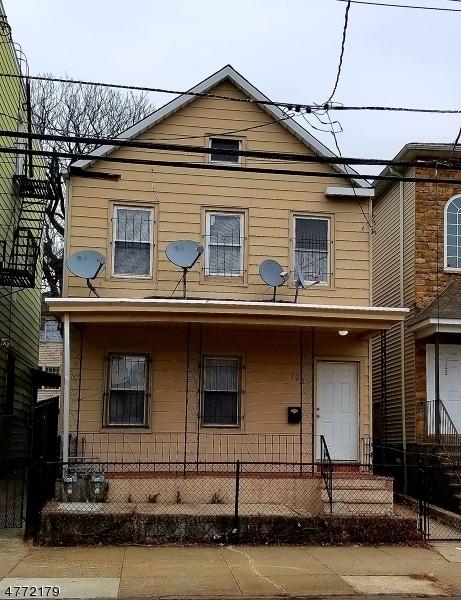 Частный односемейный дом для того Аренда на 125 Pine St 2nd Fl Elizabeth, Нью-Джерси 07206 Соединенные Штаты