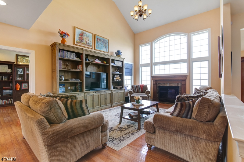 Additional photo for property listing at 54 Albert Drive  Union, New Jersey 08809 United States