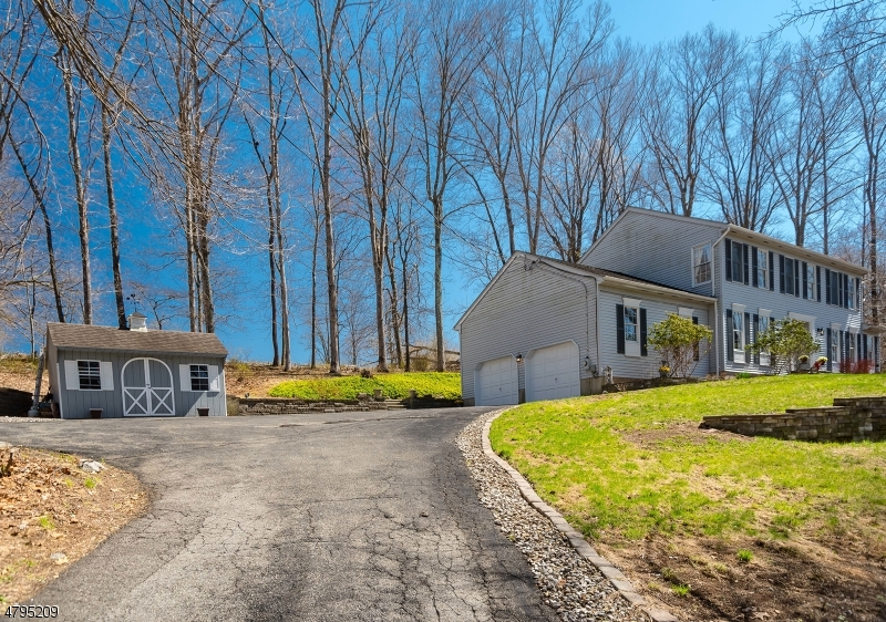 Additional photo for property listing at 950 ROUTE 619  Stillwater, New Jersey 07860 États-Unis