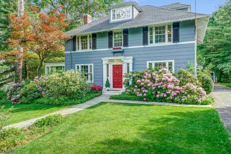 Casa Unifamiliar por un Venta en 44 HICKORY Drive Maplewood, Nueva Jersey 07040 Estados Unidos