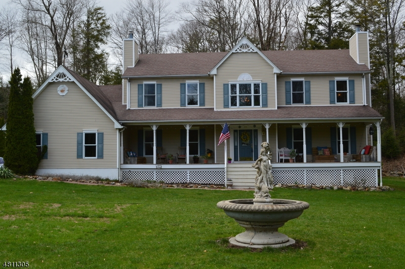 Single Family Home for Sale at 31 CHARISSA Court West Milford, New Jersey 07421 United States