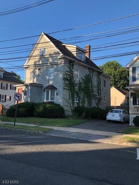 Maison unifamiliale pour l à louer à 20 COOK Avenue Madison, New Jersey 07940 États-Unis