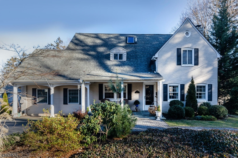 Single Family Home for Sale at 727 SHADOW Lane Oradell, New Jersey 07649 United States