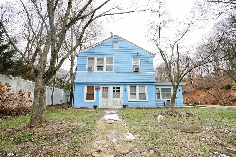 Villas / Townhouses for Sale at 742 SPRINGFIELD AVE(REAR) 742 SPRINGFIELD AVE(REAR) Summit, New Jersey 07901 United States