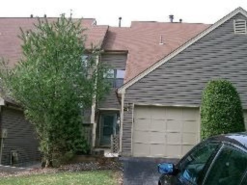 公寓 / 联排别墅 为 销售 在 15 CONCORD Road 西米尔福德, 新泽西州 07480 美国
