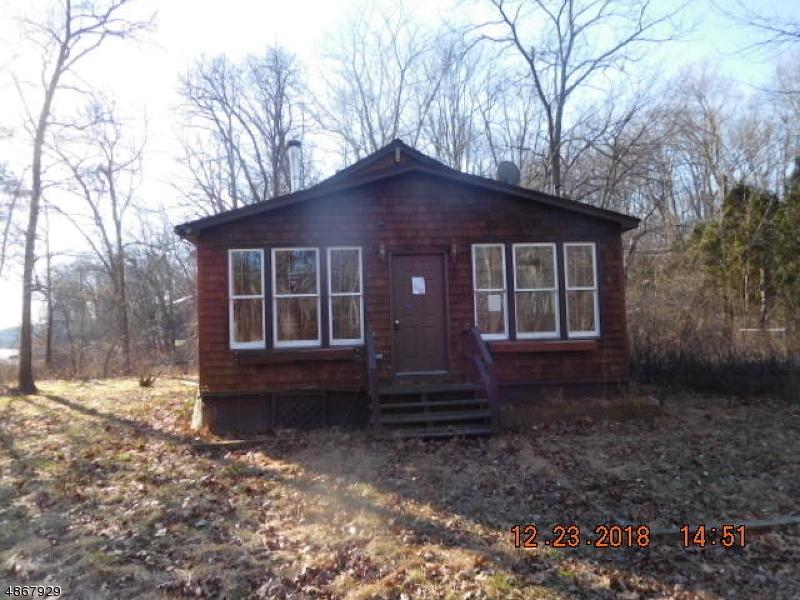 獨棟家庭住宅 為 出售 在 1004 ROUTE 521 Stillwater, 新澤西州 07860 美國