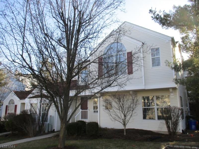 Condo / Townhouse pour l à louer à Bedminster, New Jersey 07921 États-Unis