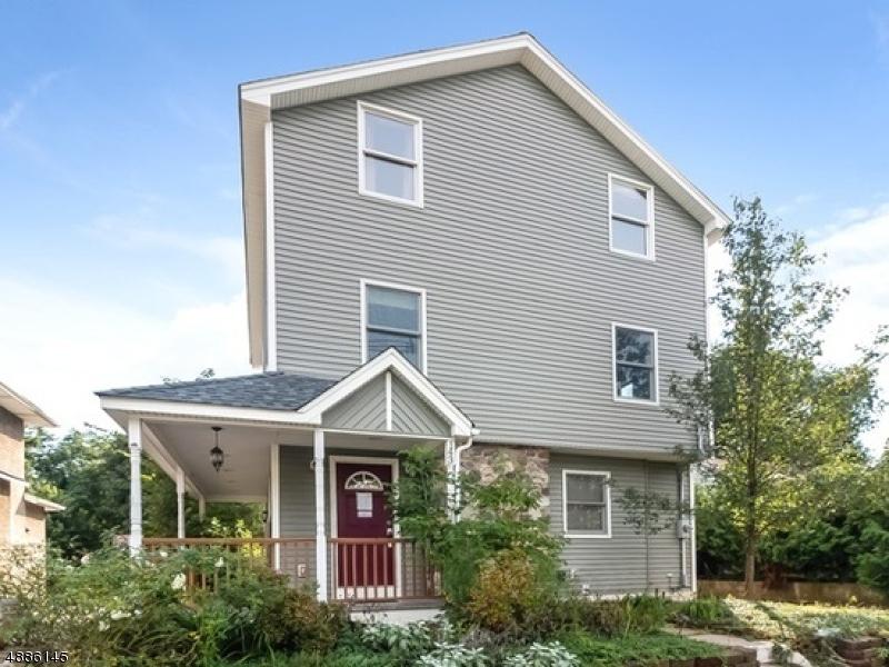 Maison unifamiliale pour l Vente à 143 VAN Avenue Pompton Lakes, New Jersey 07442 États-Unis