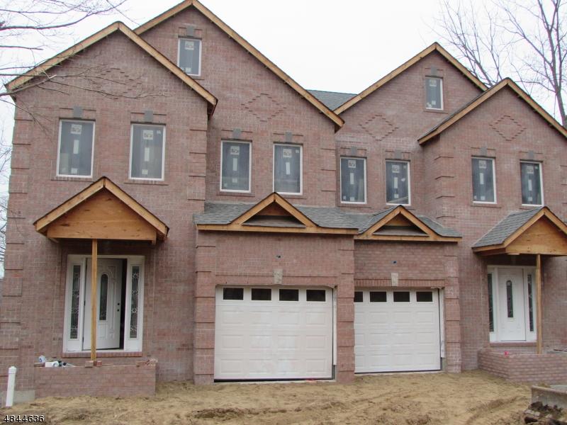 Maison unifamiliale pour l Vente à 70 Mt. Heights Avenue Lincoln Park, New Jersey 07035 États-Unis