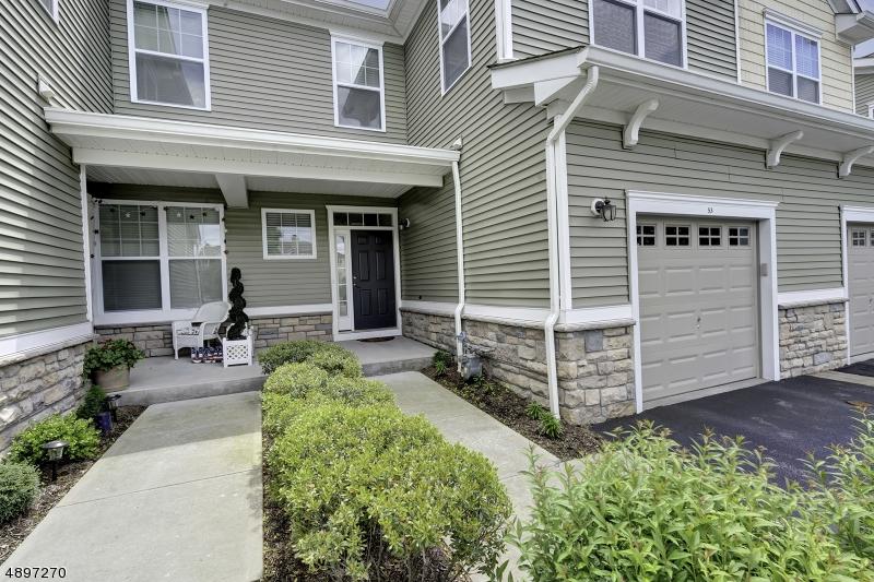 Condo / Casa geminada para Venda às Allamuchy, Nova Jersey 07840 Estados Unidos