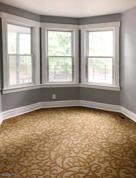 multi-family homes pour l Vente à East Orange, New Jersey 07017 États-Unis