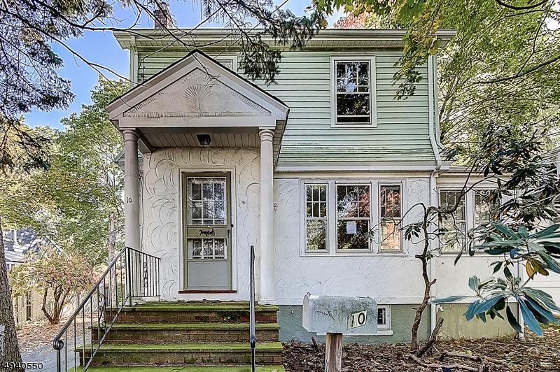 Single Family Homes 为 销售 在 罗斯兰德, 新泽西州 07068 美国