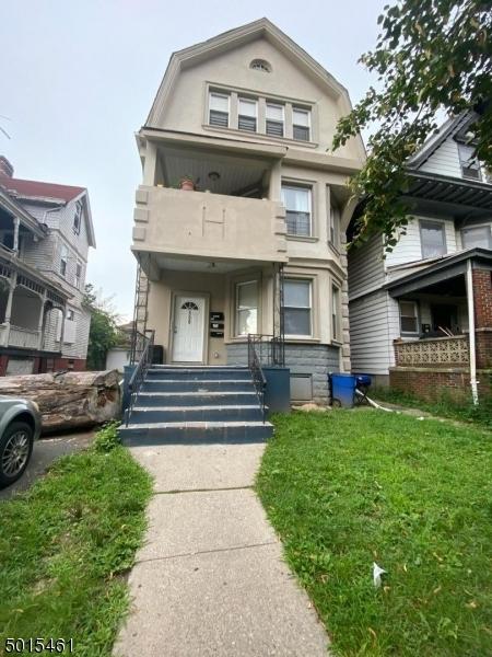 Multi-Family Homes por un Venta en East Orange, Nueva Jersey 07017 Estados Unidos