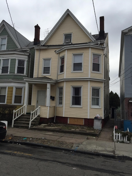 Additional photo for property listing at 144 Putnam Street  Paterson, New Jersey 07524 États-Unis
