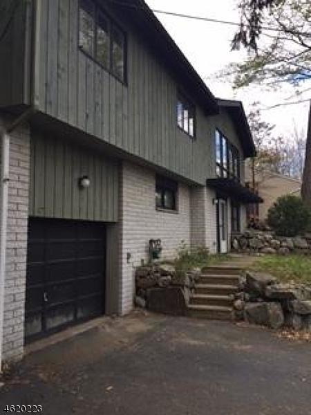 Maison unifamiliale pour l Vente à 320 Cupsaw Drive Ringwood, New Jersey 07456 États-Unis