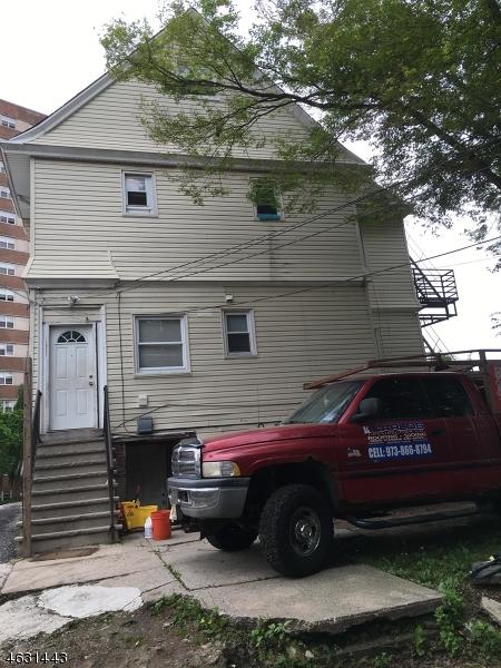 多户住宅 为 销售 在 33 WASHINGTON Street East Orange, 新泽西州 07017 美国