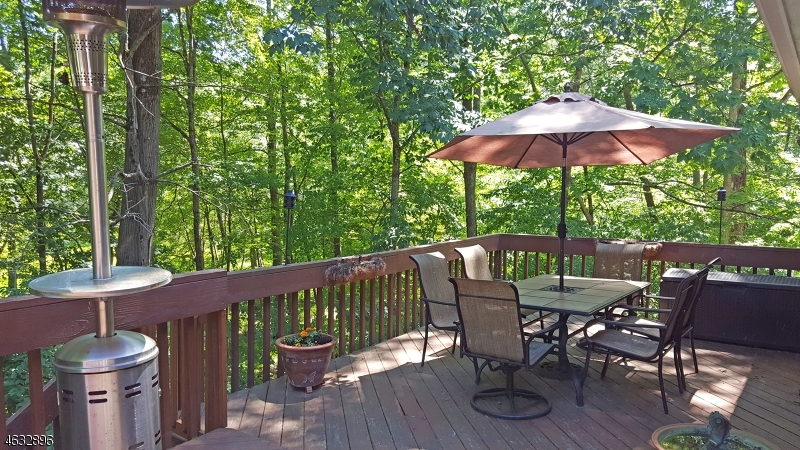 Additional photo for property listing at 70 Whippoorwill Lane  Sparta, Нью-Джерси 07871 Соединенные Штаты