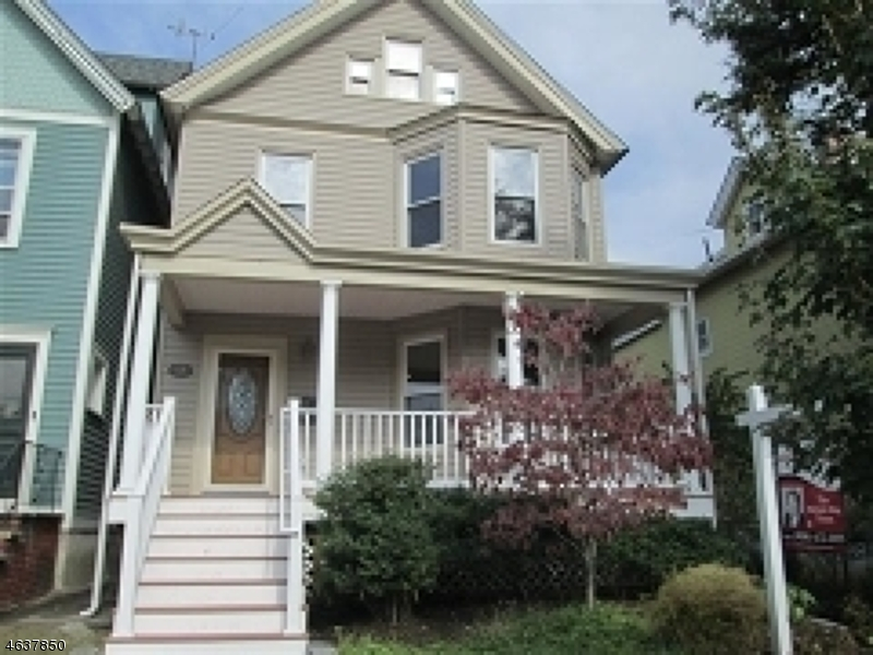 Additional photo for property listing at 53 Portland Place  Montclair, New Jersey 07042 États-Unis