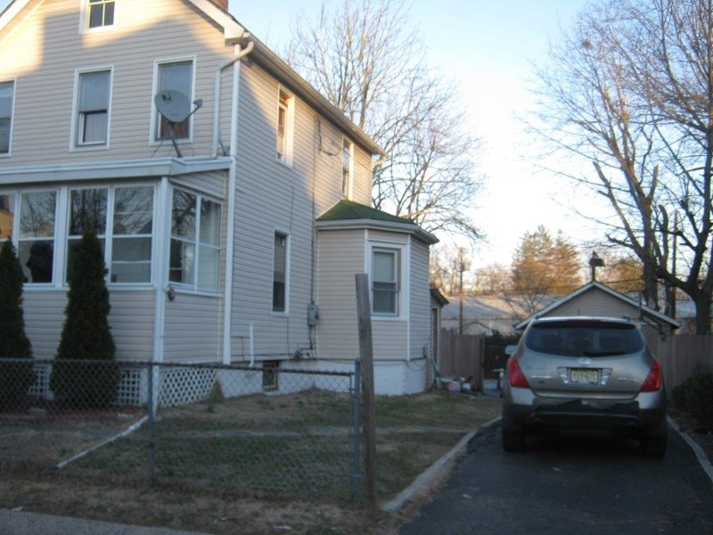 Additional photo for property listing at 20 Lake Street  East Orange, New Jersey 07017 États-Unis