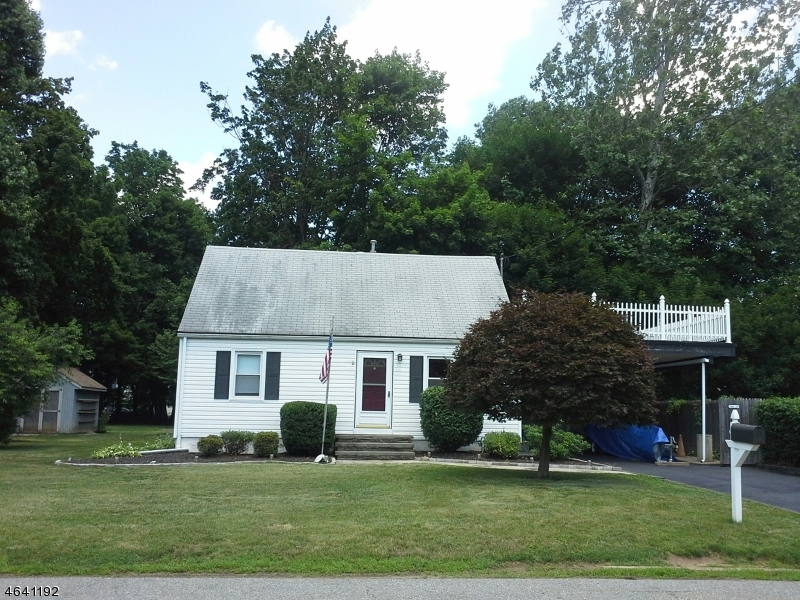 Additional photo for property listing at 21 Frank Street  Mine Hill, New Jersey 07803 États-Unis