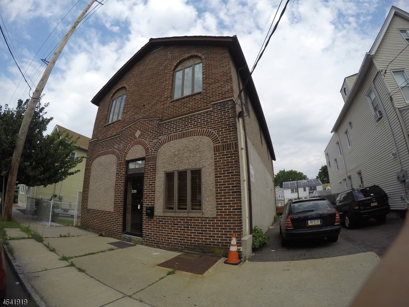 Additional photo for property listing at 338 Cortlandt Street  Belleville, New Jersey 07109 États-Unis