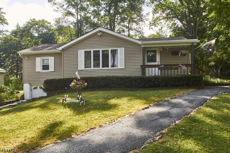 独户住宅 为 销售 在 43 LAKE SHORE RD East 斯德哥尔摩, 07460 美国