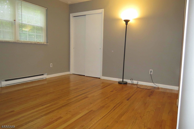 Additional photo for property listing at 951 Cedar Drive  Newton, New Jersey 07860 United States