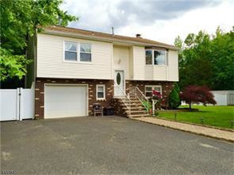 Single Family Home for Sale at 479 S Laurel Avenue Keansburg, New Jersey 07734 United States