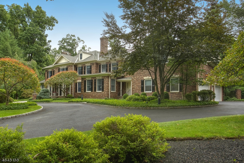 Single Family Home for Sale at 10 Oak Forest Lane Mendham, New Jersey 07945 United States