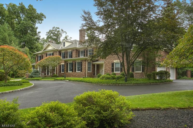独户住宅 为 销售 在 10 Oak Forest Lane 门德汉姆, 新泽西州 07945 美国