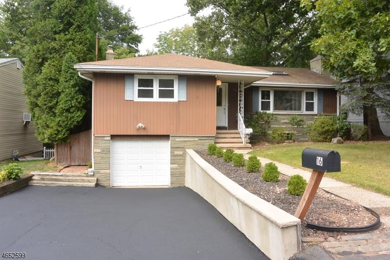 独户住宅 为 销售 在 16 Shawnee Avenue Rockaway, 新泽西州 07866 美国