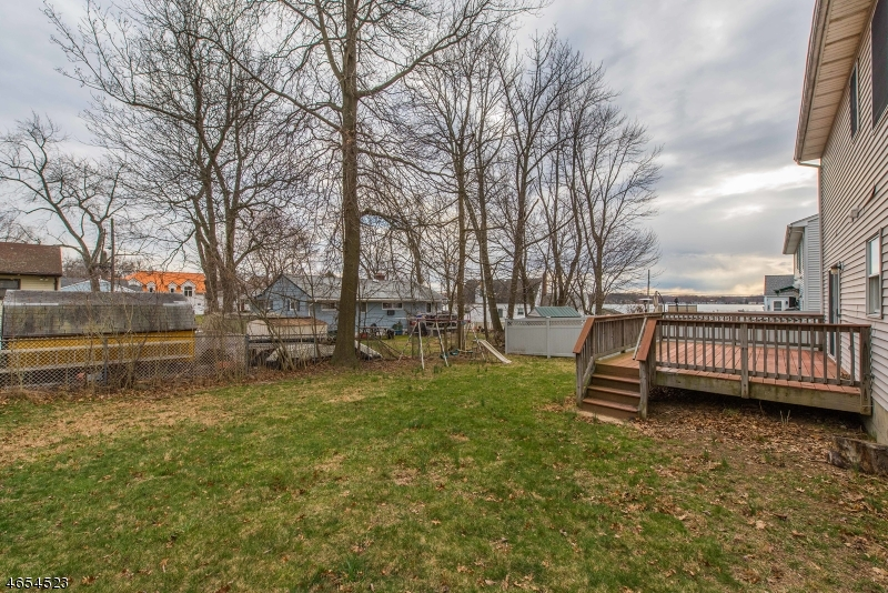 Additional photo for property listing at 14 Dorothy Road  Parsippany, Нью-Джерси 07054 Соединенные Штаты